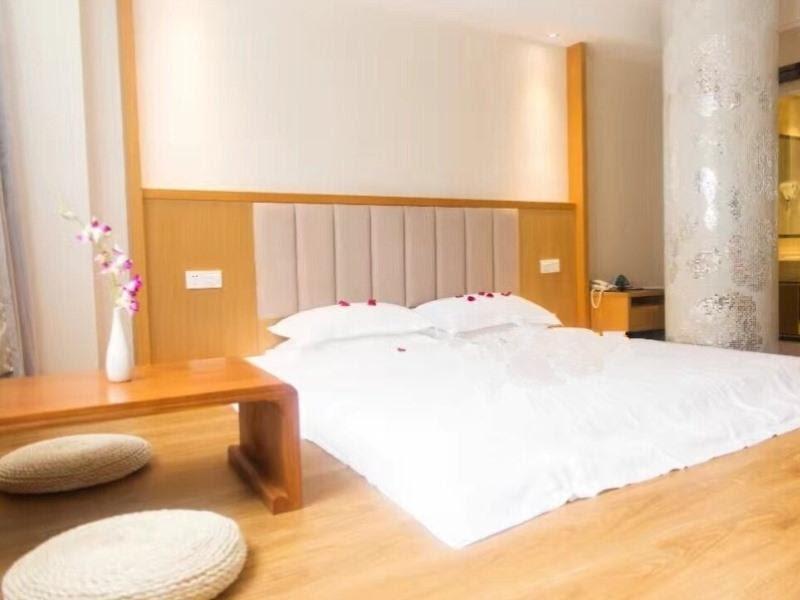 Review GreenTree Inn Taizhou Taixing Middle Guoqing Road Business Hotel