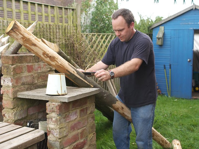 DSC_7802 Building a firewood store