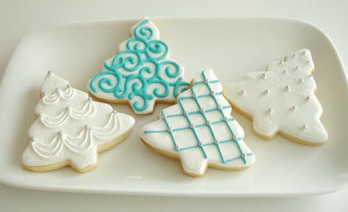 beads, blue icing, christmas cookies , christmas tree, cookies