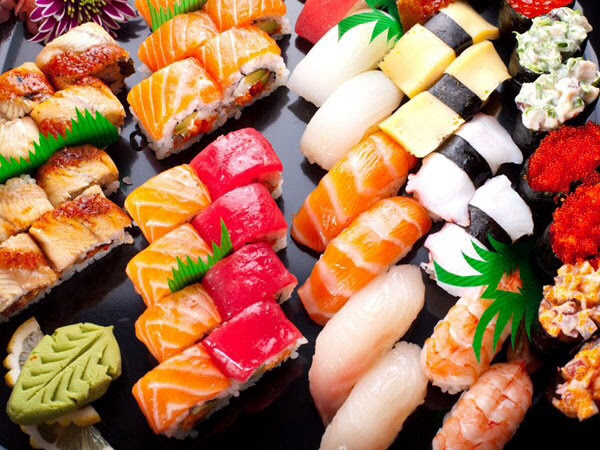 ll  hear upon entering well-nigh sushi restaurants Sushi: wellness benefits together with risks