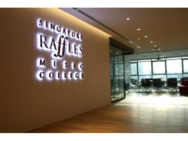 Raffles Fashion School Singapore School Style