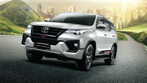 toyota fortuner review engine price redesign