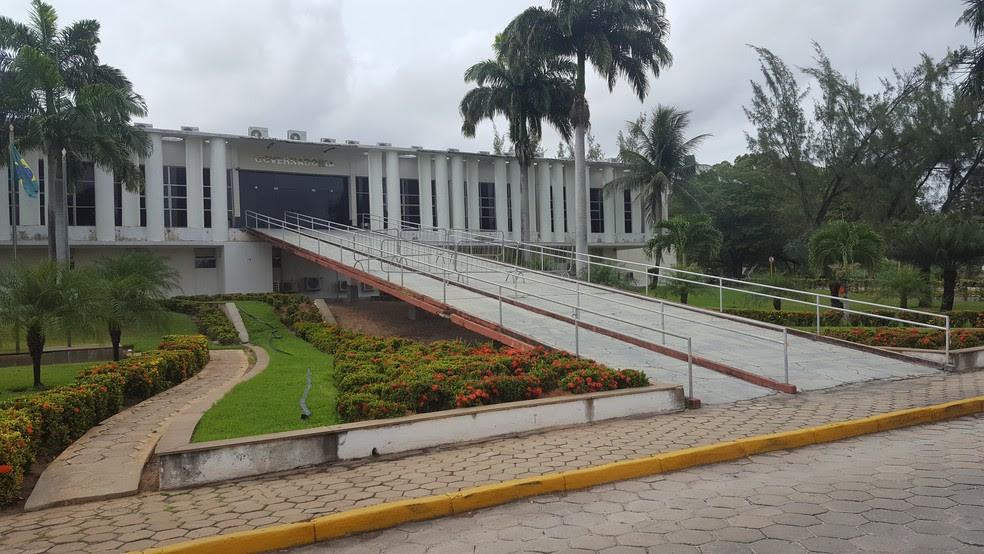 Prédio da Governadoria do Rio Grande do Norte, no Centro Administrativo, em Natal. (Foto: Thyago Macedo)