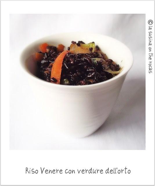 riso venere con verdure dell'orto