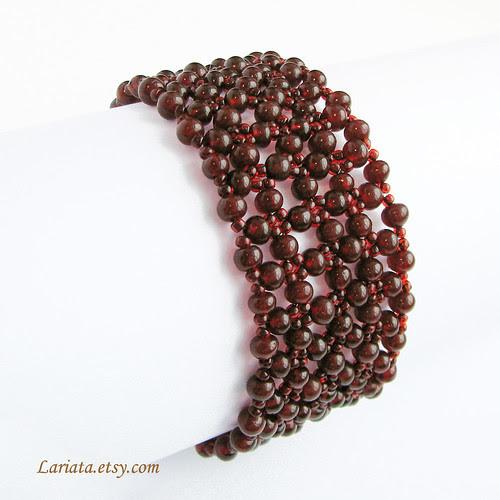 beadwoven garnet bracelet