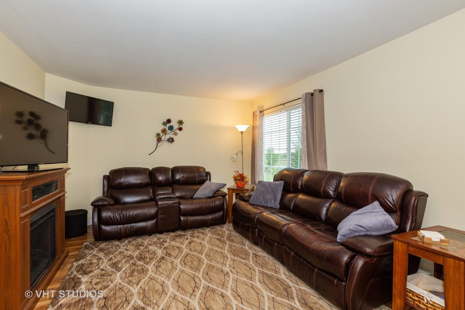 View Property 3105 Shenandoah Lane, Woodstock, IL 60098 ...