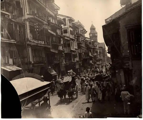 Busy Street Scene in Bombay (Mumbai) b- c1880's