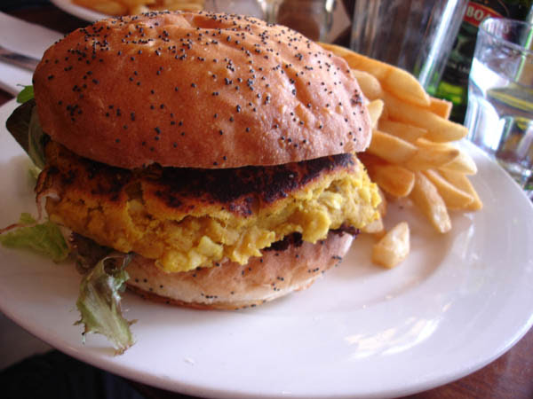 """My Cafe (Canberra) - """"Spicy"""" lentil and macadamia burger"""