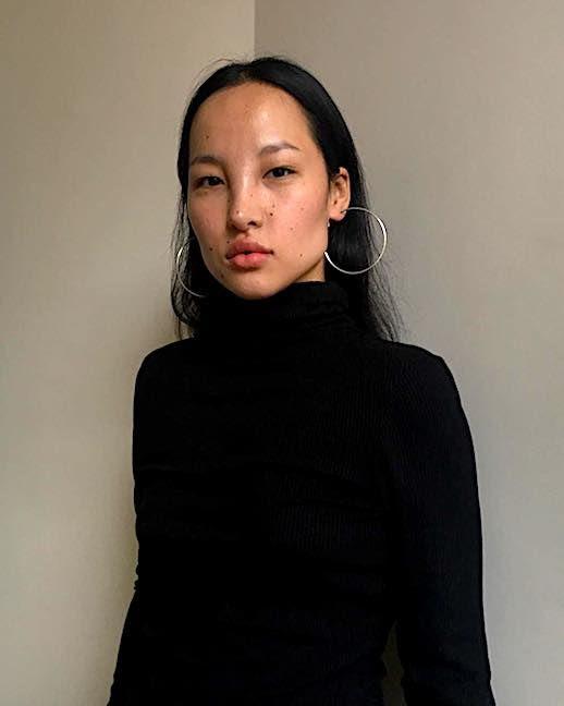 Le Fashion Blog 9 Pairs Of Silver Hoops To Shop Now Via @trekoch