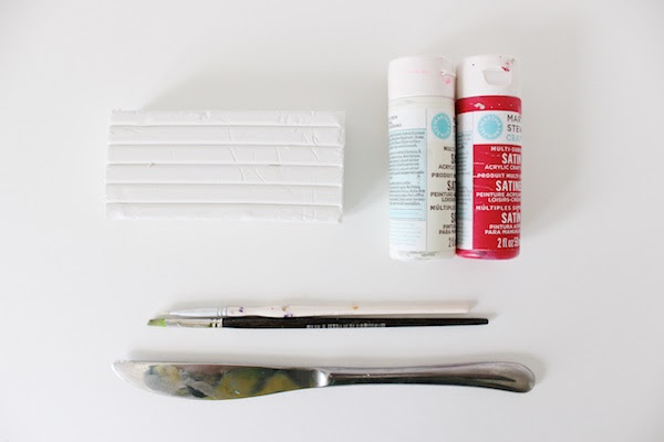 DIY Tutorial: Oven-Bake Clay Hand Note Holders via Oh So Beautiful Paper