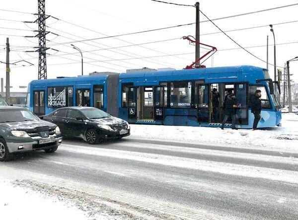 В Новокузнецке начата обкатка двухсекционного трамвая