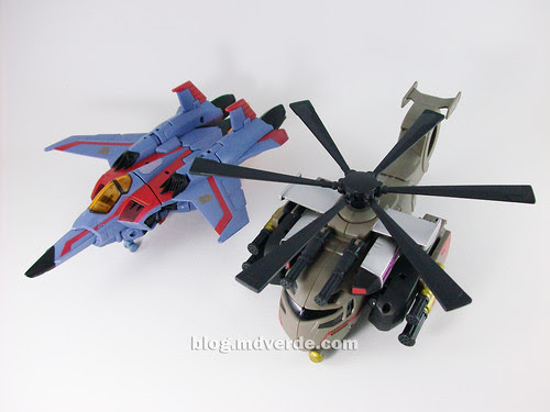 Transformers Blackout Animated Voyager Takara vs Starscream - modo alterno