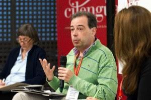 Intervención de Javier Bezos, coordinador del «Manual de Español Urgente». Foto: ©Efe/Raquel Manzanares