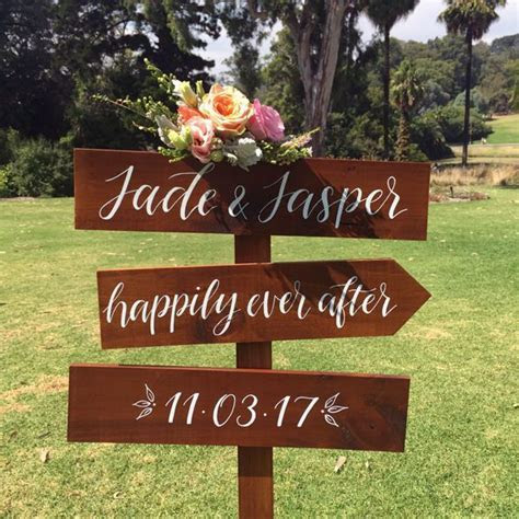 Best 25  Wedding direction signs ideas on Pinterest