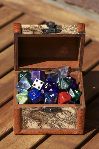 chest_o___dice_by_bookscorpion