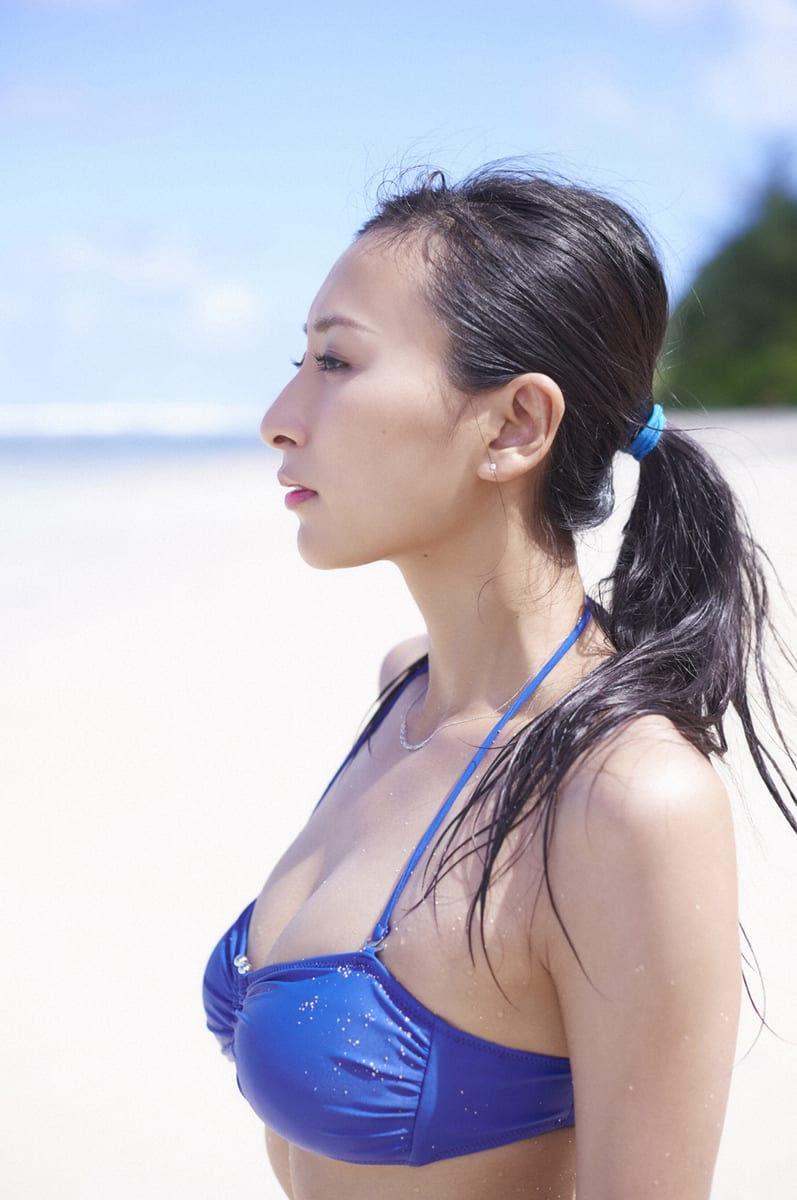 画像1枚 セクシーな水着ショットも 浅田舞の綺麗すぎる画像 壁紙まとめ 写真まとめサイト Pictas