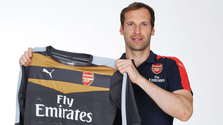 Petr Cech: Has moved from Chelsea to London rivals Arsenal,Arsenal Confirm Signing Of Peter Cech From Chelsea At Last