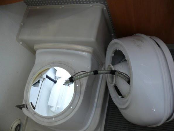 thetford toilette magnetventil ausbauen. Black Bedroom Furniture Sets. Home Design Ideas