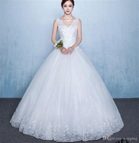 Cheap Ball Gown Wedding Dress V Neck White Lace Appliques