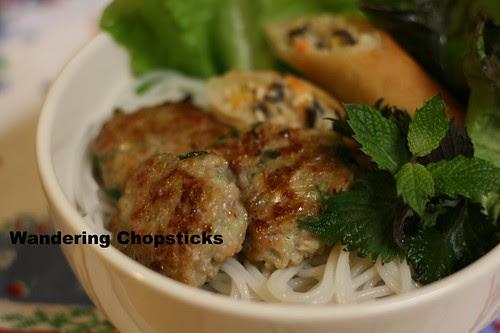 Nem Nuong Hanh La (Vietnamese Grilled Pork Patties with Scallions) 8