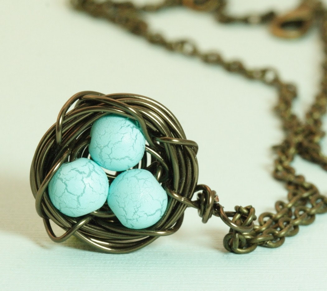Free Shipping - Darling Bird Nest Necklace With Robin's Eggs