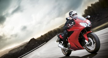 new high-res images of the 2014 Honda VFR800F