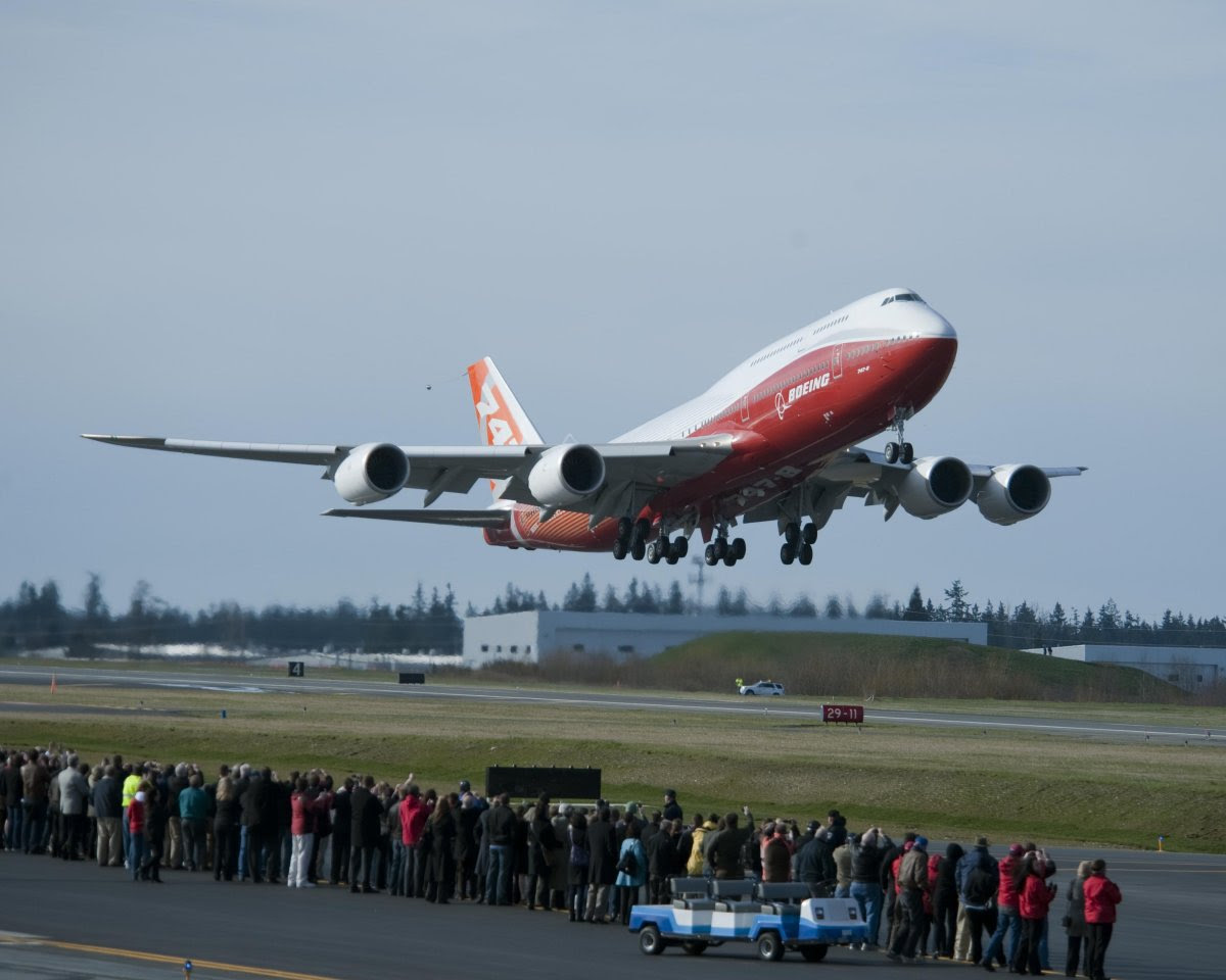 AD-The-Boeing-747-8-Vip-Is-The-Longest-Airliner-Ever-Built-01
