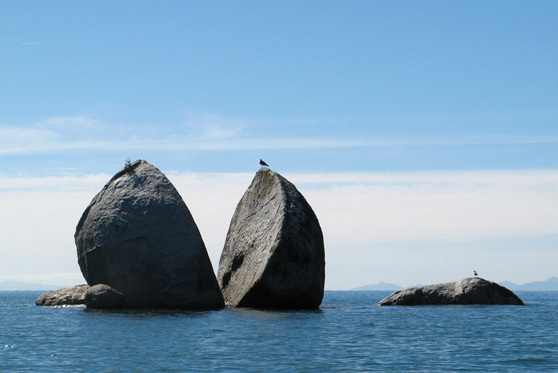 split-apple-rock-new-zealand