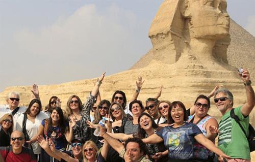 السياحة والضيافة