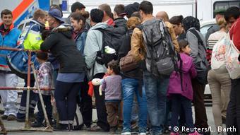 Οι πρώτοι πρόσφυγες κατέφθασαν με έκτακτο δρομολόγιο στη Βαυαρία