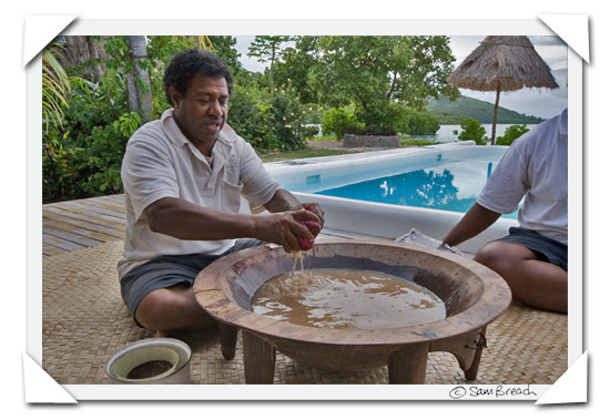 picture photograph image Ratu preparing traditional Fijian Kava for a Kava ceremony at Navutu Stars resort on the island of Yaqeta in the Yasawas 2008 copyright of sam breach http://becksposhnosh.blogspot.com/