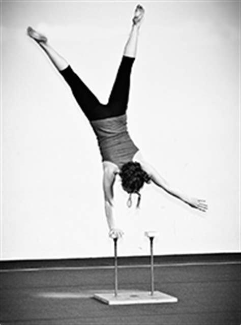 Handstands | Toronto Circus School