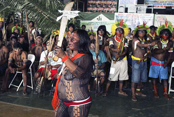 Nearly naked Brazilian Indians protest against Belo Monte dam