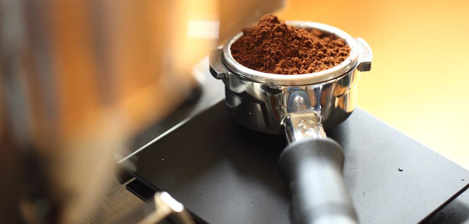 Wie viel Gramm Kaffee pro Tasse Espresso braucht man ...