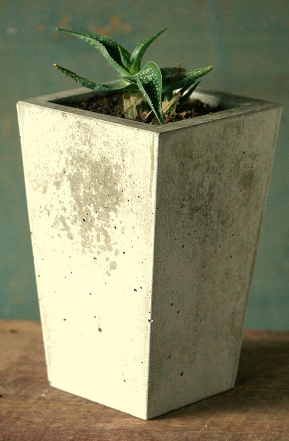 Concrete . Planter