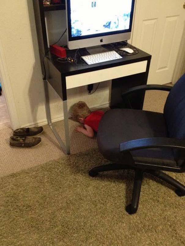 Παιδιά που δεν τα πάνε καθόλου καλά με το κρυφτό (9)