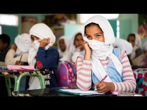 """""""Wilaya aprende, Wilaya enseña"""". Las vivencias de los y las estudiantes de la Facultad de Educación de Ciudad Real en los Campamentos de Refugiados Saharauis"""