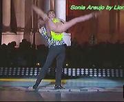 Sónia Araujo sensual na final do Danças do Mundo