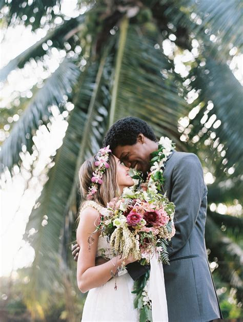 An Intimate, Tropical Wedding at the Sugarman Estate in