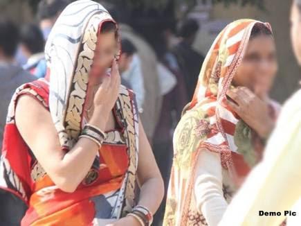5 हजार रुपए के लालच में महिलाएं खुद को बता रहीं नि:संतान