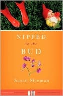Nipped in the Bud (Hometown Mysteries)