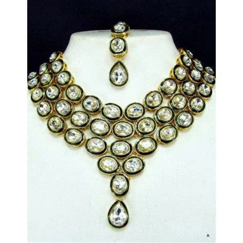 A WEDDING PLANNER: Kundan jewellery designs 2013, latest