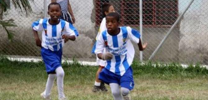 Niños de iniciación y formación deportiva entregarán condecoraciones a jugadores de la Selección Colombia