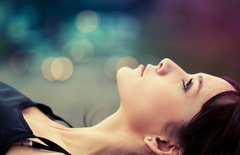 Αποτέλεσμα εικόνας για Να αγαπάς τους σιωπηλούς ανθρώπους με το θορυβώδες μυαλό
