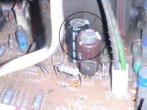capasitor filter tegangan 9 volt mainboard televisi Philips 29PT5005/69
