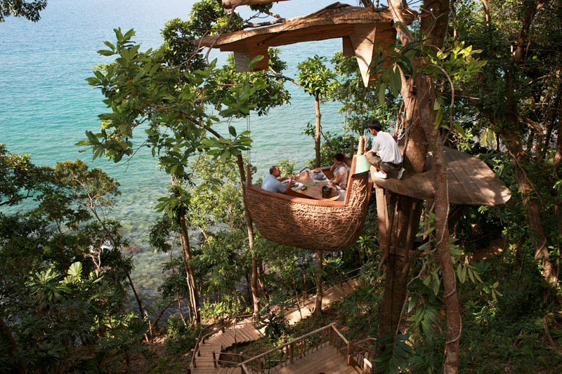 Ресторан на дереве в Таиланде. Курорт Сонева Кири. Фото