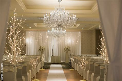 Wow Your Guests With These Wedding Aisle Decor Ideas