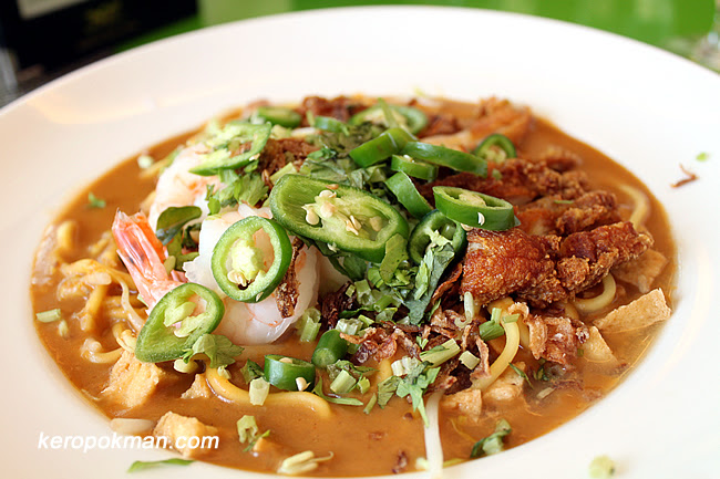 Mee Rebus with Ayam Penyet