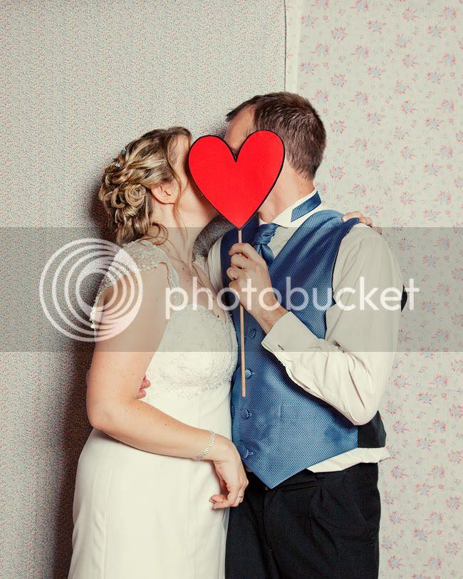 http://i892.photobucket.com/albums/ac125/lovemademedoit/GN_ladybugwedding_053.jpg?t=1296474272