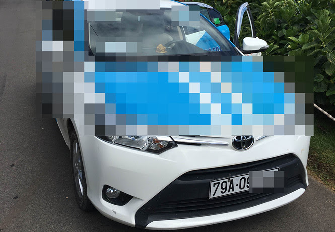 Xe taxi mà Tuấn Anh chở chị H. rạng sáng 31 tháng 8. (Hình: Thanh Niên)